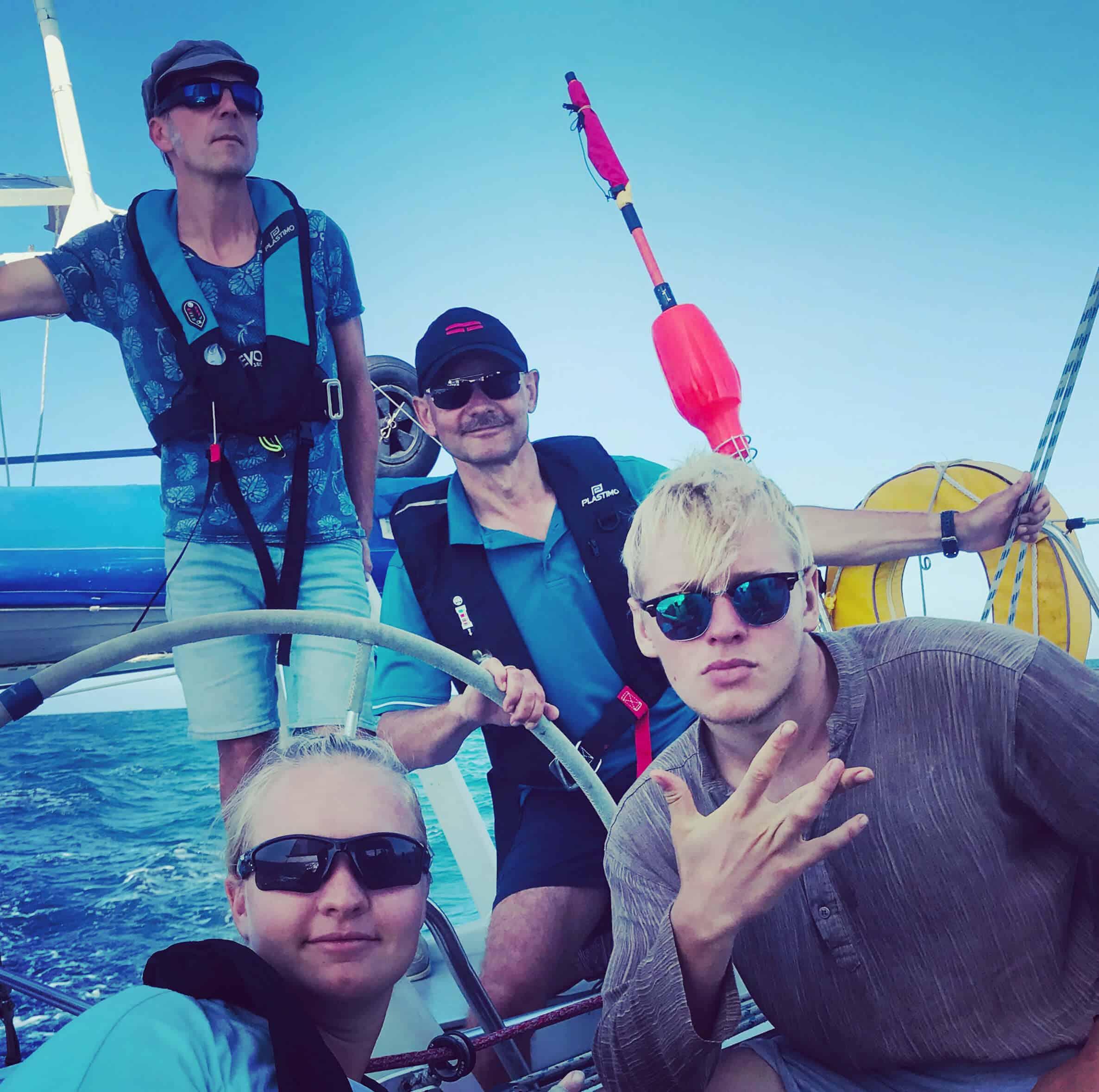 Bretagne-Sailing-Experience-navigation en famille